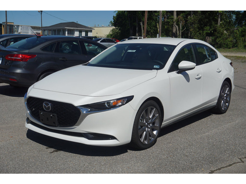 New 2019 Mazda3 AWD w/Select Package